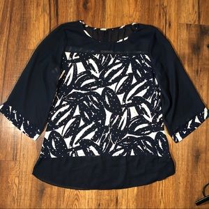 Roz & Ali Navy and white printed blouse large
